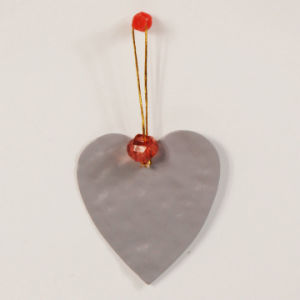 En71 Standard Metal Christmas Heart Hanging Decoration pictures & photos