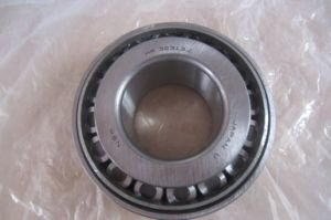 NSK Brand Rolling Bearing Distributor Hr32313j Tapered Roller Bearing pictures & photos