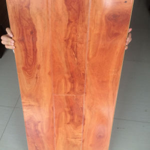 12mm HDF High Glossy Surface Laminate Flooring with CE pictures & photos
