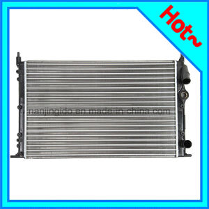 Automobile Radiator in Cooling System for Renault 7700816323 pictures & photos