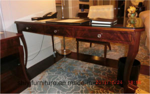 China Custom Solid Wood Furniture Oak Home Office Writing Desk pictures & photos