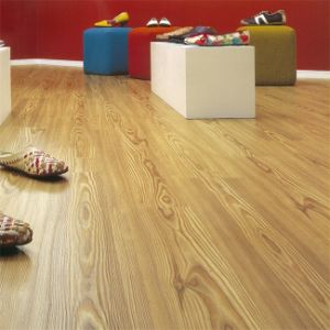 8.3mm Oak Little Embossed Surface Laminate Flooring pictures & photos