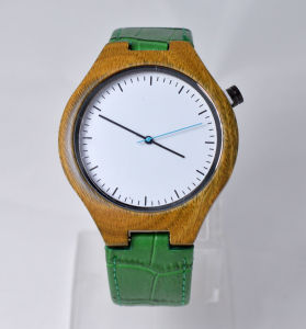 Green Genuine Leather Band Wooden Watch pictures & photos