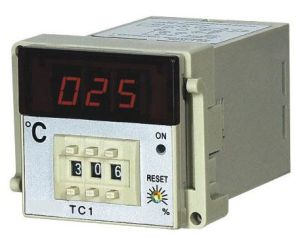 Electronic Temperature Controllers pictures & photos