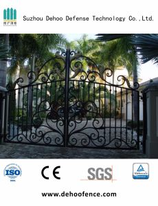 Wrought Iron Black Powder Coated Ornamental Gate Fence for House pictures & photos