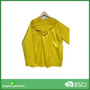 Yellow Fashion Waterproof Outdoor Uniform Raincoat pictures & photos