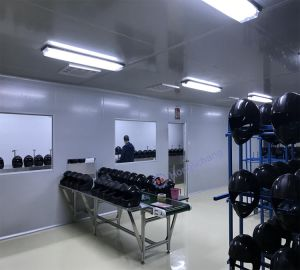 PU Clear Coat Helmet Automatic Spray Painting Line pictures & photos