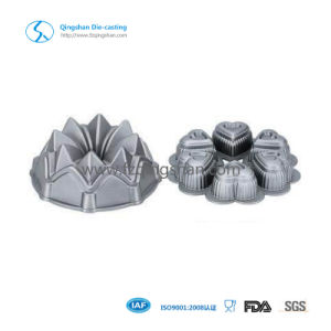 Good Quality Non Stick Coating Flower Design Cake Pan pictures & photos