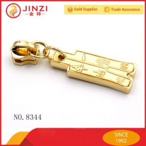 Quality No. 5 Nylon Zipper Puller Wholesale pictures & photos