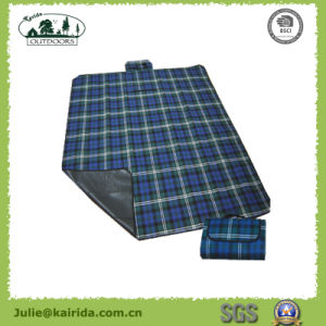 Polar Fleece PE Picnic Mat pictures & photos