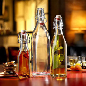 Manufacturer′s Direct Selling Unique Glass Bottle. The Wine Bottle pictures & photos