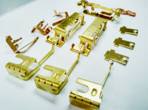 Metal Contact Terminal Make by Self-Piercing Riveting Process pictures & photos
