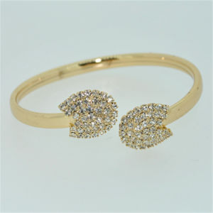 Newest 18k Gold Plating Fashion Jewelry Bangle (B140005)