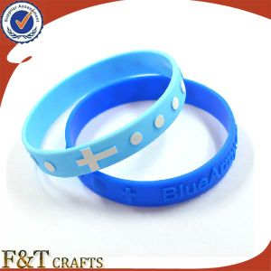 Thin Promotional Silicone Bracelet with Laser Engraving pictures & photos