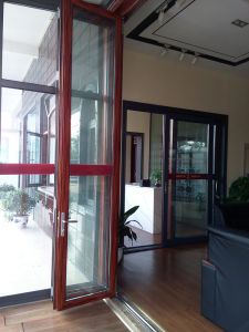 Triple Glazed Exterior Bifolding Door with Triple Glazed pictures & photos