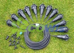 China Manufacturer Garden Bottle Drip Watering System pictures & photos