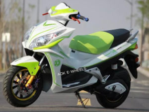1500W Electric Motorcycle with Disk Brakes (EM-004) pictures & photos