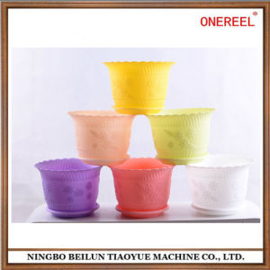 High Quality Colorful Plastic Flowerpot pictures & photos