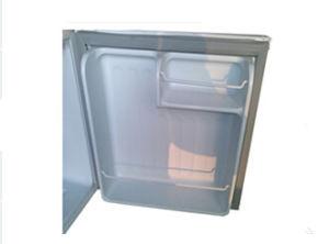 Solar Refrigerator 50liter DC12/24V with AC Adaptor (100-240V) for Mobile Home Application pictures & photos