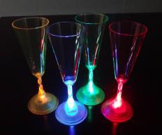 LED Flashing Plastic Cup pictures & photos