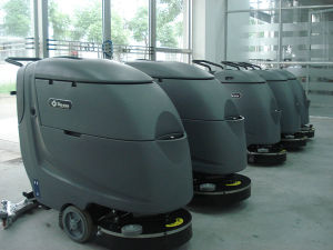 Big Mouth Huge Tank Clean-in-Place (CIP) Floor Scrubber for Sale pictures & photos