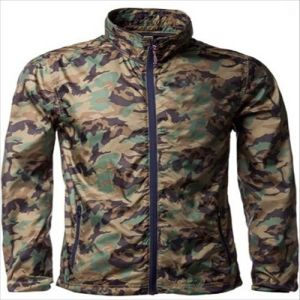 2015 Mens Camo Causal Showerproof Full Zip Windbreaker Jacket pictures & photos