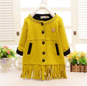 C1292 Best-Selling Newest Winter Kids Girls Fashion Beaded Tassels Trench Coat with Crown Kids Apparel 3~6y Baby Warm Coat pictures & photos