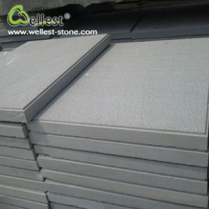Grey White Sandstone Bush Hammered Finish Floor Paving Wall Tile pictures & photos