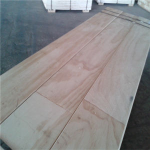 Carb Cerficate Pine LVL Beam / Scaffolding Board pictures & photos