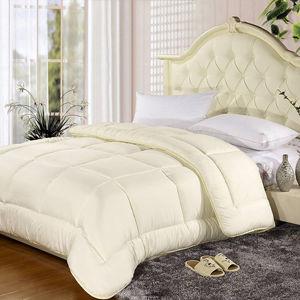 Queen Size Cotton Thin Quilt Wholesale pictures & photos