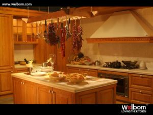 Welbom Red Oak Classical Kitchen Cabinet pictures & photos