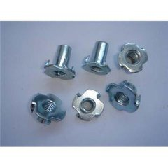 China High Quality Zinc Plated Carbon Steel Furniture T Nut with Four Claws, 2016 pictures & photos