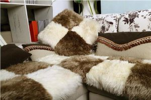 Long Wool Furry Sheepskin Sofa Back Pillow pictures & photos