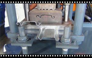 Roller Shutter Door Machine Made in China pictures & photos