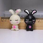Cartoon Rabbit Plastic Keychain 3D Figures for Promotion (4 cm) pictures & photos
