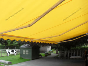 Portable Aluminum Frame Retractable Awning (B3200) pictures & photos