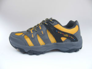 Breathable Running Shoes pictures & photos