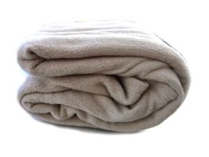 Tache Solid Beige 80 X 90 Bulk Hospitality Thermal Layer Bed Blanket Set of 4 pictures & photos
