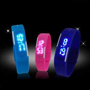 China LED Digital Wrist Watch for Promotion (DC-1123) pictures & photos