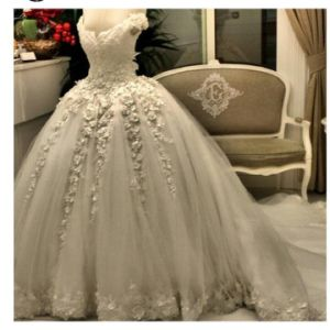 Sweetheart Lace Bridal Ball Gowns Puffy Wedding Dresses Z2049 pictures & photos