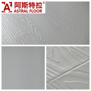 Jiangsu Changzhou Registered Embossed Surface (V-groove&U-groove) Laminate Flooring (AT005) pictures & photos