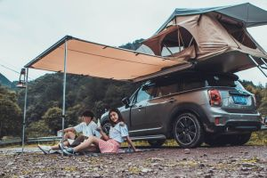 2017 Hot Sell Car Roof Top Tent Overground Camping Tent for Family pictures & photos