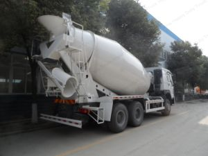 Sinotruk HOWO 6X4 Driving Type Concrete Mixer Truck/Cement Mixer Truck pictures & photos