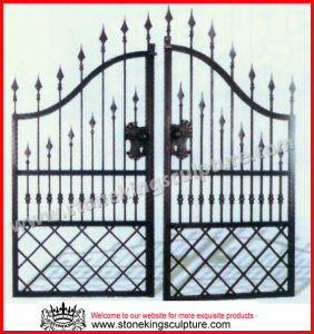 Wrought Iron Gate/ Metal Gate (SK-5633) pictures & photos