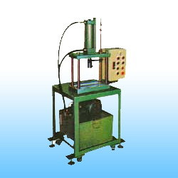 Tetrastyle Hydraulic Press Machine (CH106-3000)