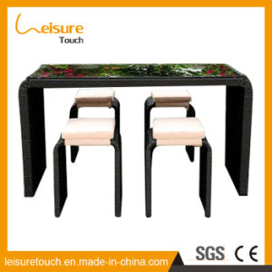 Half Arc Square Tables Outdoor Bistro Furniture Rattan Bar Beer House Chair Table Set pictures & photos