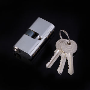 54mm Oval Shape Brass Cylinder Lock pictures & photos