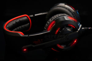 Comfortable Wearing Gaming Headset with High Performance Sound pictures & photos