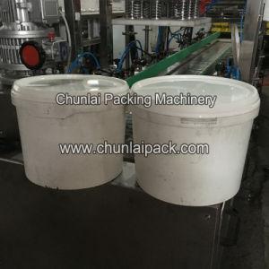 Yogurt Plastic Bucket Sealing Machine pictures & photos