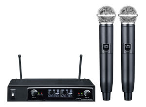 Ls-P5 Professional Dual Transmitters Wireless Microphone UHF Wireless Microphone pictures & photos